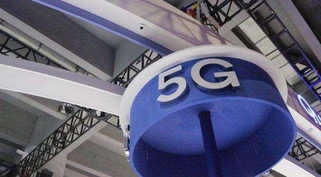 5G新空口使用的另一部分频谱将是6GHz以下的频...
