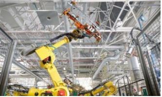 工业机器人市场急剧增长 预计到2020年国产工业机器人产量达10万台