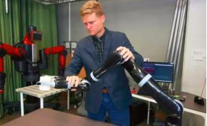 莱斯大学开发了一种新的方式 能简化训练协作机器人的过程