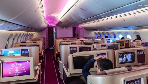 吉祥航空第二架波音787飞机成功首航成都