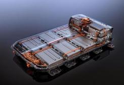汽车产业投资也能影响动力电池