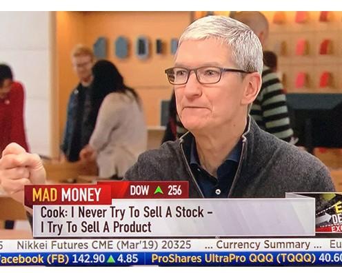 苹果CEO蒂姆·库克指责高通采用不公平的专利许可...