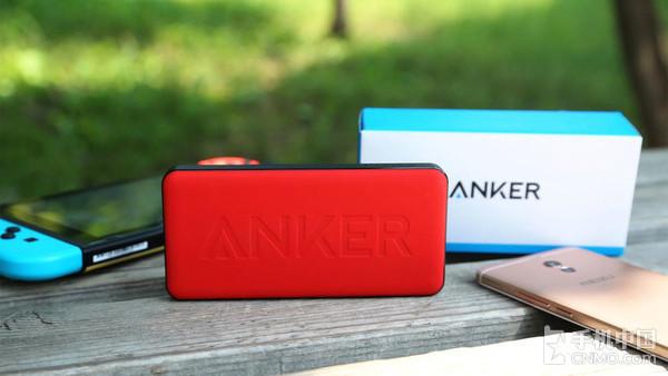 Anker枪炮玫瑰评测 撞色设计让它拥有优雅而不失动感