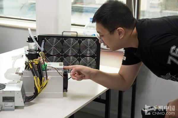 蚂蚁矿机S9Hydro评测 一台适合消费级矿工的矿机