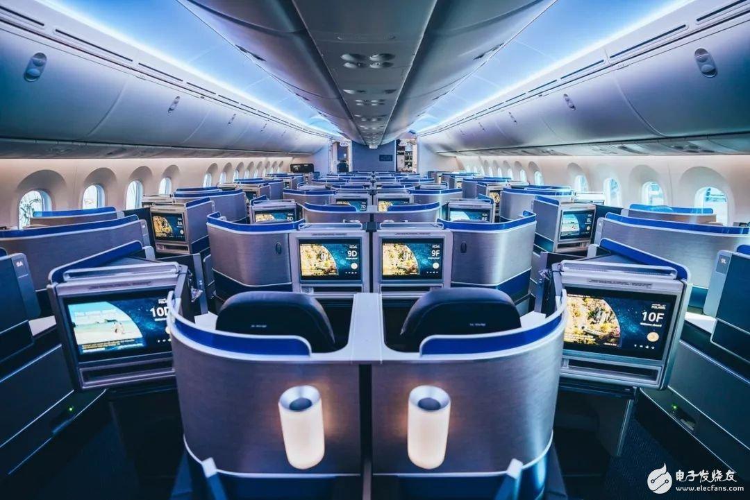 美国航空首架波音787-10梦想飞机正式投入运营