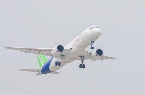 中国商飞公司共投入6架试飞机将在今年进行试验试飞