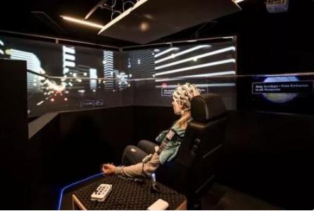 """自动驾驶""""革命""""尚未成功 模拟是其学习驾驶技能的好帮手"""