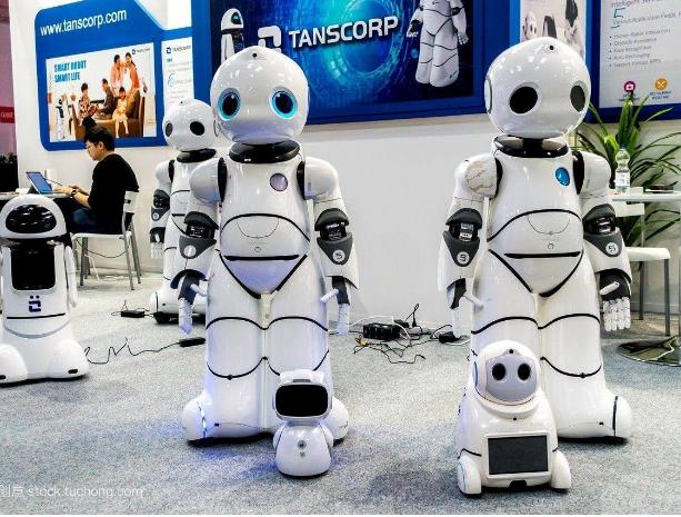 机器人再度风靡2019消费电子展 市场前景十分广阔
