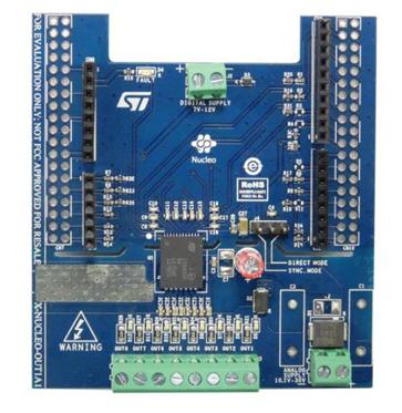 如何使用梯形逻辑构建无线PLC与实现应用