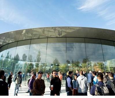 苹果今年需要收购内容提供商否则服务业务将失去发展动力
