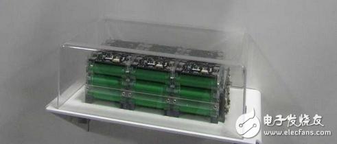 国外展示三合一电池组 当一个电池芯出现了故障仍可使用