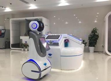 上海市儿童医院启用智能物流机器人 提升其医疗服务能力