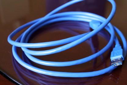USB 3.0电缆与USB 2.0电缆对比分析