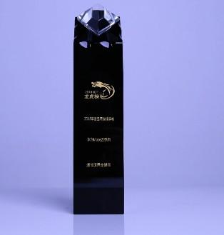 华为Mate 20系列性能卓越领先荣获年度最强旗舰手机奖