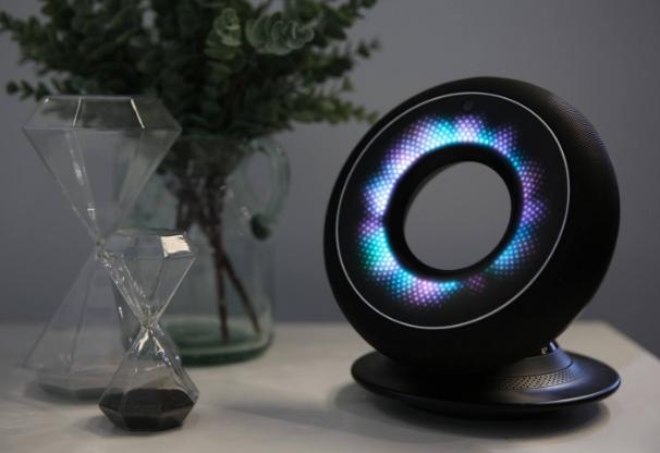 智能音箱销量呈井喷式增长 巨头纷纷入局智能音箱市场
