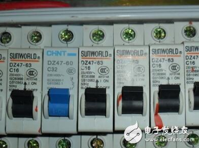 安全用电小知识:家庭用电电路跳闸如何检查