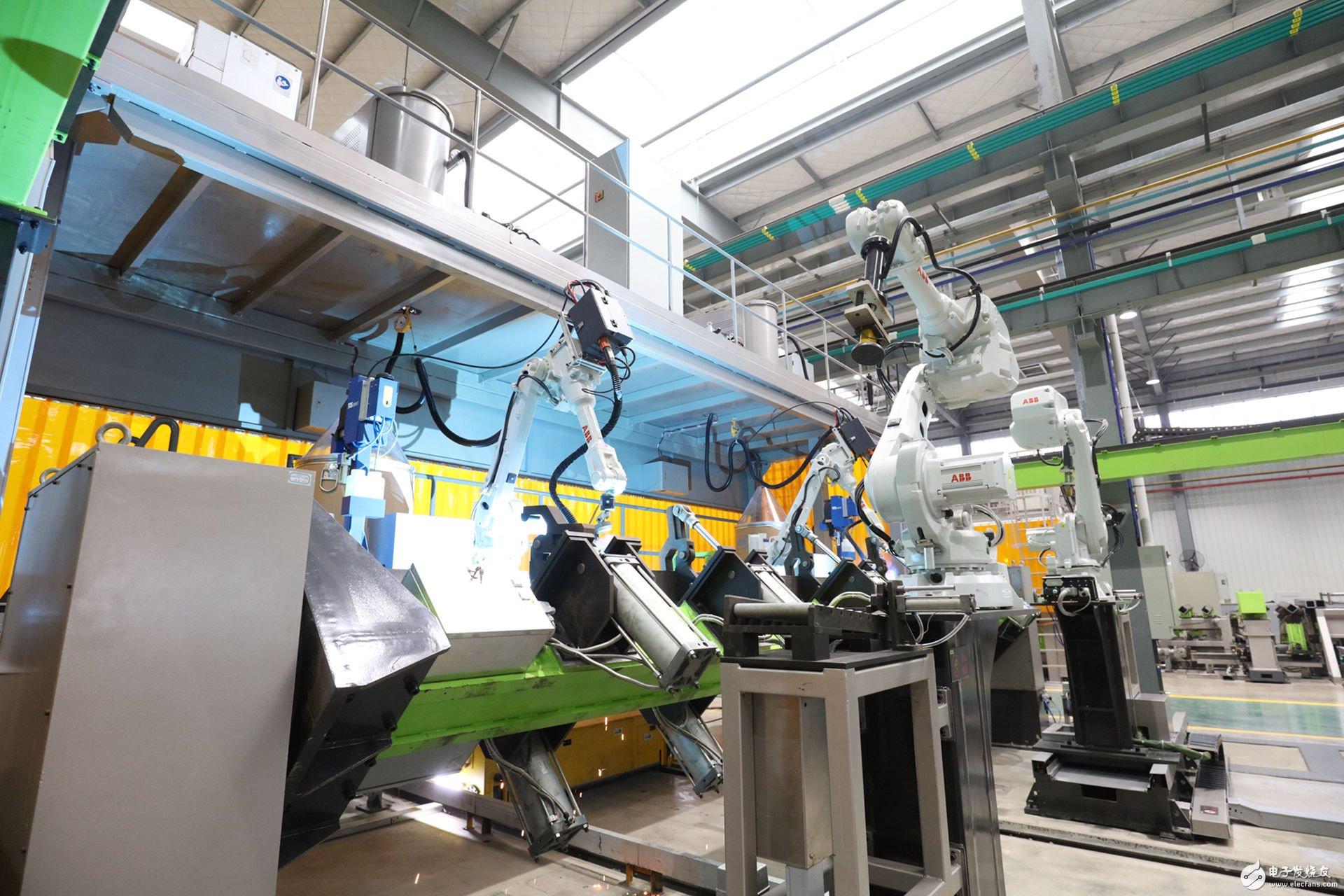 中联重科全球最大塔机制造工厂落地常德