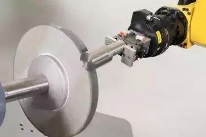 亚博力传感器在机器人应用中完爆视觉系统