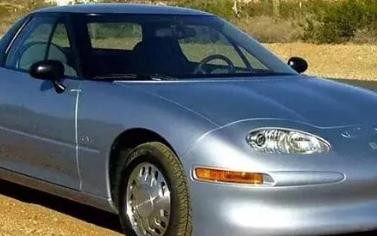 通用EV1的出现当时给美国汽车市场带来的冲击丝毫...