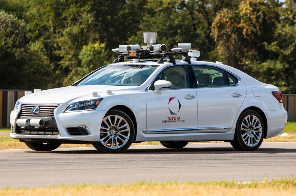 """""""守护者""""是丰田自动驾驶领域中的核心技术之一"""