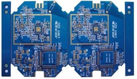 PCB板中常见的三种钻孔的含义及特点