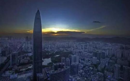 深圳机器人行业产值过千亿元 已独立发展为深圳市的战略新兴产业