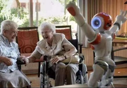 在全球人口老龄化危机的背景下 人工智能发挥的作用越来越大