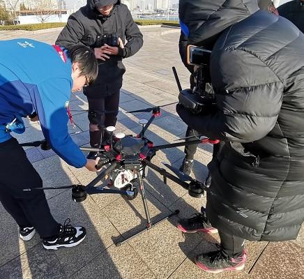 青岛联通携手华为完成了5G网络的无人机测试飞行
