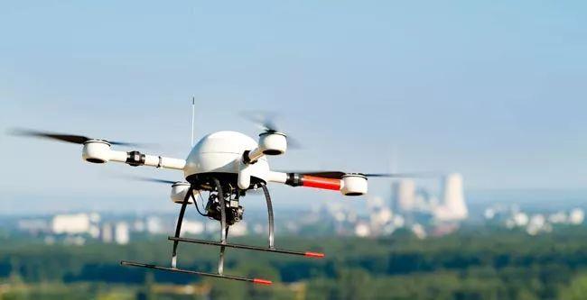 亚博加拿大发布最新无人机系统安全规则
