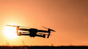 2018年全球无人机行业发展现状与竞争格局分析