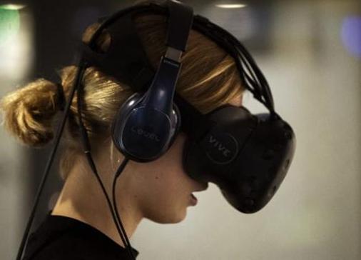 在VR体验中实现健身的目的 VR游戏是有效的锻炼方式