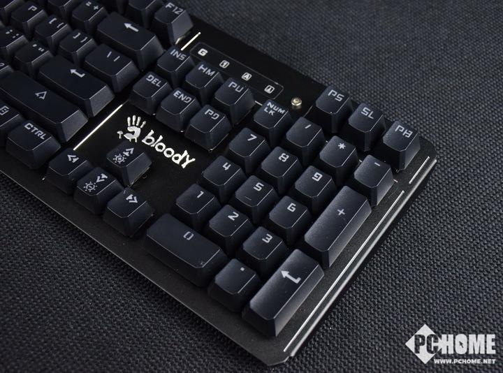 血手幽灵B975电竞机械键盘评测 真的可以为所欲为