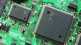 中国大陆芯片制造商仍比国际竞争对手落后十年