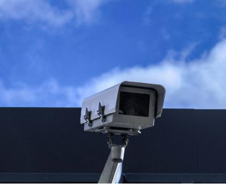 家用安防系统通过全天候不间断监控 让生活更安详