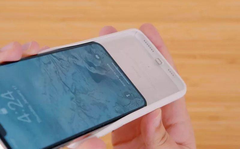 苹果发布新款智能电池壳 新款智能电池壳的详细信息揭露