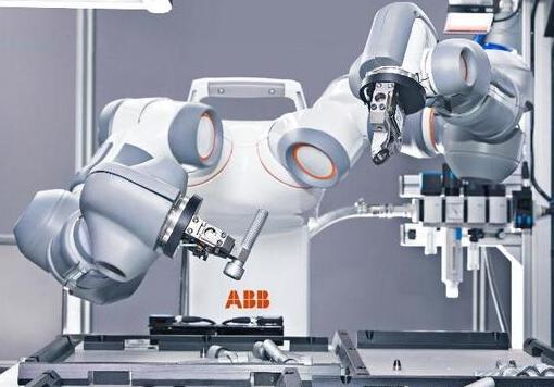 工业机器人的精度相当重要 直接影响产品的质量与生产效率
