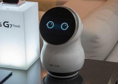 LG为新机器人申请专利 锤子手机价格下跌