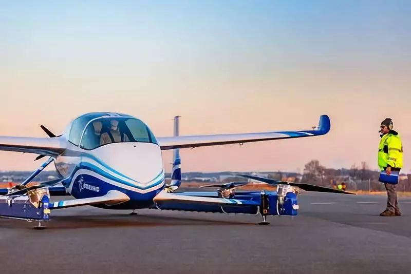 波音公司完成其自主客运飞机原型机的首飞