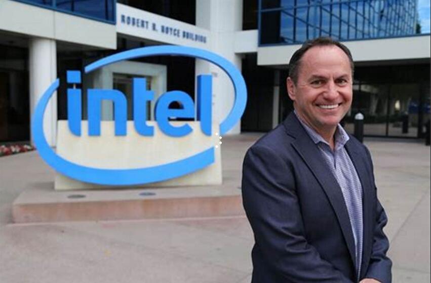 58岁英特尔CFO出任新CEO 带领英特尔抢占数据市场的增长机会