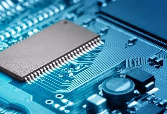 中國大陸及臺灣地區主要芯片代工企業開始削減代工報價