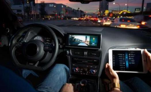 2018年是自动驾驶汽车发展受挫的一年 它还没有...