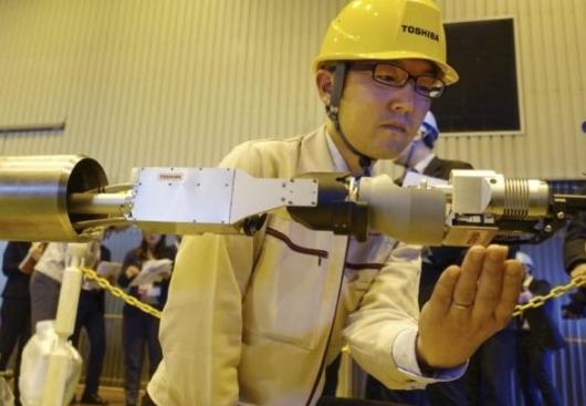 东芝开发了用于进入福岛灾后受损2号核反应堆调查的全新探测型机器人