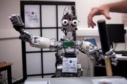欧盟研究人员共同开发自主机器人