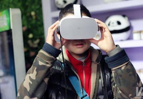 """全景直播和VR虚拟现实技术相融合 """"宽窄新春游园会""""带来新年味体验"""