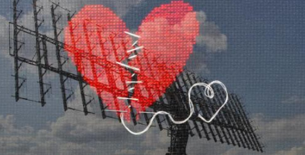 """研究人员为UWB应用开发了一种""""心碎""""形状微带贴片天线"""