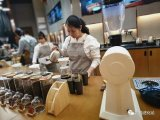 一家特别的咖啡店与数字化重塑合作伙伴IBM联手打造的智慧门店试点