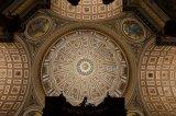 欧司朗全新照明系统在圣彼得大教堂主圆穹绽放新光