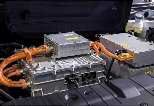 新能源车更换电池的费用高 未来电池技术继续突破