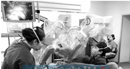 机器人达芬奇能精准的进行开刀手术 最大限度地保留器官功能