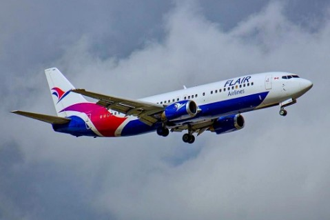 Flair Airlines已在波音737-800飞机上换新涂装并于下月投入运行